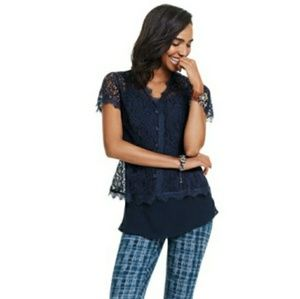CAbi London Top 3073 Blue Floral Eyelash Lace